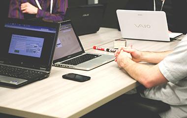 Startup, développement, programmation, formation